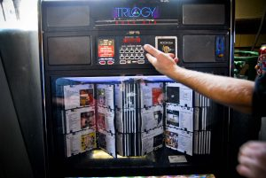 The legendary front bar jukebox: Farewell to The Tote gig 2010